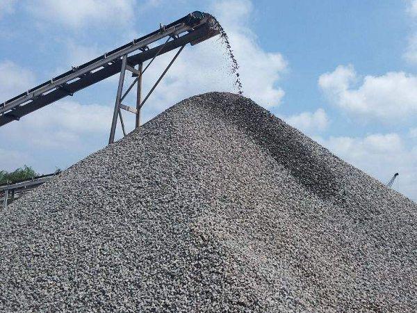 采石企业的发展与破碎机厂家的发展息息相关